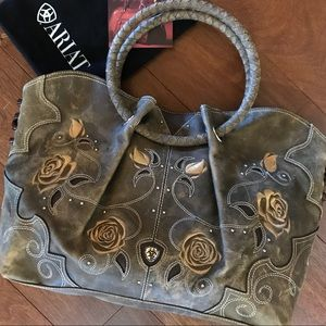 NEW Rambling Rose Ariat Embroidered Leather